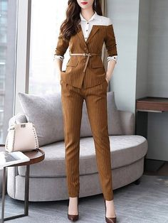 Elegant Paneled Top With Pants Two-Piece Set Elegant Paneled Top With Suit Fashion, Work Fashion, Fashion Dresses, Fashion Design, Fashion Blogs, Workwear Fashion, Cheap Fashion, Fashion Women, Fashion Trends