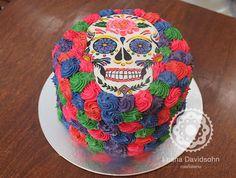 Bolo festa mexicana, pintado a mão, decorado com chocolate branco colorido.