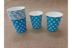 Χάρτινα Ποτηράκια Πουά JL014LB  Χάρτινα ποτηράκια πουά σε γαλάζιο χρώμα. Ιδανικά για το candy buffet της βάπτισης αλλά και για παιδικά party ή εκδηλώσεις. Συνδυάστε τα ποτηράκια με αντίστοιχα πιατάκια, καλαμάκια και χάρτινα σακουλάκια για να δώσετε ένα χαρούμενο ύφος στο τραπέζι σας.Διαστάσεις: 5 x 8cmΣυσκευασία 10 τεμαχίων.