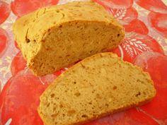 Jak upéct chleba bez mouky? Já zkusila burákové máslo a neměl chybu.