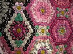 Amazing embroidery along with the beautiful hexagons....Tokyo quilt show....IMGP5466.jpg