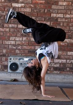 girls who can breakdance, wow. xx
