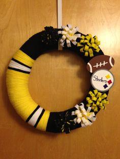 Pittsburgh Steelers, 16 inch NFL yarn wreath on Etsy, $40.00