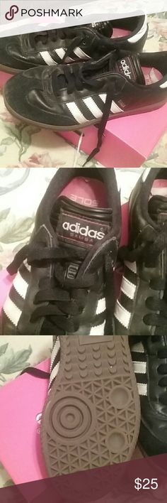 Adidas Sneakers Adidas Samba ladies sneakers size 5. LIKE NEW!! adidas Shoes Athletic Shoes