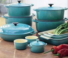Le Creuset. In turquoise? yes please!!