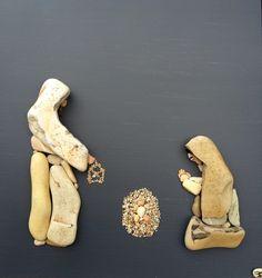 fantasia d'autore - Sassi d'autore...beautiful nativity pebble scene!
