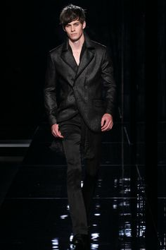 @johnvarvatos Spring 2014 Runway #fashion2014 #menswear #milan