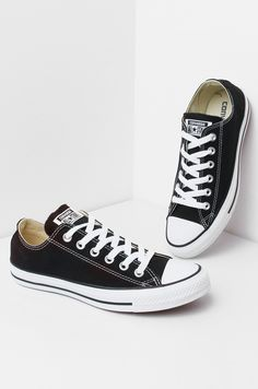 CONVERSE ALL STAR CHUNK TAYLOR CANVAS BLACK  LO TOP SNEAKERS - What's New