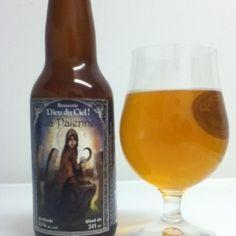 Cerveja La Païenne, estilo Blond Ale, produzida por Brasserie Dieu du Ciel, Canadá. 5.5% ABV de álcool.