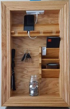Mail Holder Key Holder File Holder Wall Organizer Charging woodworking is part of Kitchen cabinet storage - Mail Holder, Key Holders, Wooden Pallet Projects, Diy Pallet, Pallet Wood, Diy Casa, Kitchen Cabinet Storage, Storage Cabinets, Kitchen Cabinets