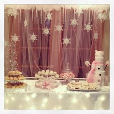 Winter Baby Shower- not for me but if someone else had a winter shower this is cute!!!!