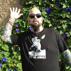 Arm the Animals Cat-astrophe shirt modeled by Jackson Galaxy
