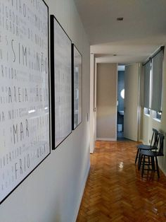 #umseisum #porto #projectodedecoração #mercadoloftstore #quadro #detail #word #words #translation #cadeira #chair #costacoração #blue #classic #rooms #apartment #rent @feelporto