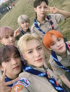 NCT Dream dresses up as boy scouts for the World Scout Jamboree + causes a mosh pit of actual boy scouts Jisung Nct, Nct 127, J Pop, Winwin, Taeyong, Jaehyun, Nct Group, Johnny Seo, Scouting