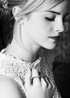photography, harry potter, hermione granger, actress, emma watson, perfect, black and white, hogwarts