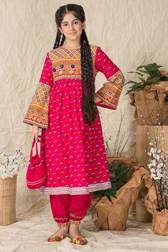 Stylish Dress Designs, Stylish Dresses, Fashion Dresses, Frocks For Girls, Girls Dresses, Eastern Dresses, Pakistani Fashion Party Wear, Girls Frock Design, Kurta Designs Women