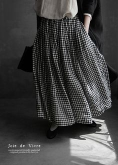 【楽天市場】【送料無料】Joie de Vivreベルギーリネン先染めギンガムチェックブラウス:BerryStyleベリースタイル Ootd Hijab, Japanese Outfits, Sporty Style, Comfortable Outfits, Traditional Outfits, Modest Fashion, Fall Outfits, What To Wear, How To Look Better