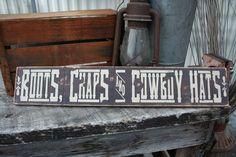 DIY Easy to Make Vintage Farmhouse Sign !