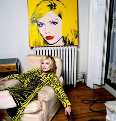 Debbie Harry at home with Andy Warhol's portrait of her, by Brian Aris.Debbie Harry by Anthony Barboza Andy Warhol, Girls Girls Girls, Colleen Camp, Catherine Bach, Sofia Coppola, Florence Welch, Catherine Deneuve, Ann Margret, Photo Rock