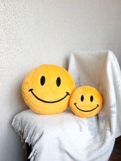Smiley, smiley face pillows, smiley face toys, geekery, geeky, home staging https://www.etsy.com/shop/PillowsRollanda
