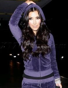 woaaahh i want a purple sweatsuit with my dark hair :D
