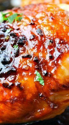5 Ingredient Crispy Honey Garlic Chicken – Famous Last Words Chicken Thights Recipes, Garlic Chicken Recipes, Meat Recipes, Cooking Recipes, Turkey Recipes, Dinner Recipes, Baked Honey Garlic Chicken, Honey Garlic Sauce, Whole Foods Market