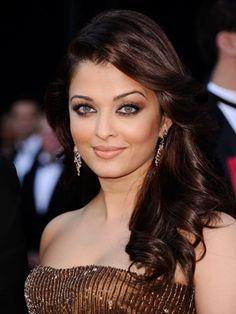 aishwarya's copper + bronze evening makeup look