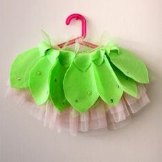 DIY: No-Sew Tinker Bell-Inspired Skirt || Spoonful