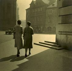 ¤Jan LAUSCHMANN (1901-1991) On the Street Corner, 1931
