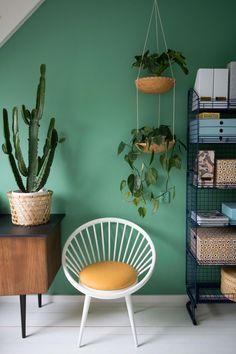 MY ATTIC voor vtwonen / diy plantenhanger / planthanger / plants / workspace    Fotografie: Marij Hessel