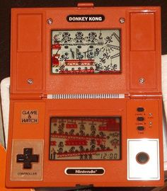 Donkey Kong II - Game and Watch. This was one of the first ones I owned. Fun Video Games, Vintage Video Games, Retro Video Games, Donkey Kong Games, Old Technology, Old School Toys, Retro Watches, Game & Watch, Old Computers