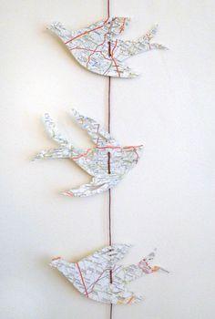 Guirlande oiseaux en papier recyclé carte routière de 1 monde à part sur DaWanda.com