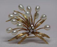 Dazzling 14K GOLD, DIAMOND, and PEARL Spray Motif BROOCH Pin