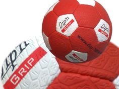 Reifenball & Fotoball - Fußball Schnittmuster - Fußbälle bedrucken Rundes Logo, Soccer Ball, Textiles, Sewing Patterns, European Football, European Soccer, Soccer, Futbol