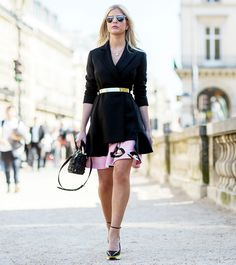 Gold belted coat over a pink dress. // Photo: The Stylograph #PFW #streetstyle