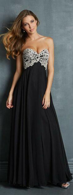 Vestido para madrinha de casamento preto tomara-que-caia.