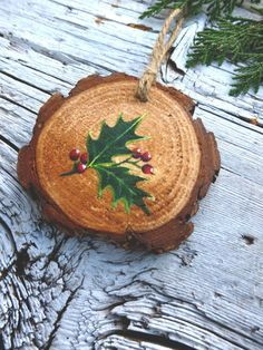 Holly Sprig: Rustic Tree Ornament by AliceCEades on Etsy diychristmasornaments Painted Ornaments, Wooden Ornaments, Diy Christmas Ornaments, Christmas Art, Christmas Projects, Homemade Christmas, Rustic Christmas, Ornament Crafts, Holiday Crafts