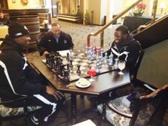 UB President Satish K. Tripathi watches @46Mack play chess in hotel lobby in Boise. #HornsUp #uBuffalo #BowlingBulls Join us at: www.buffalo.edu/goubbulls.html