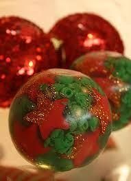 Peter Paiva sabonete redondo - Pesquisa Google                                                                                                                                                                                 Mais Christmas Soap, All Things Christmas, Christmas Bulbs, Infused Oils, Home Made Soap, Handmade Soaps, Bath Salts, Soap Making, Making Ideas