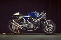 Walt Siegl, one of the best resto-mod customizers in the US, turns his attention to the Ducati 900SS.
