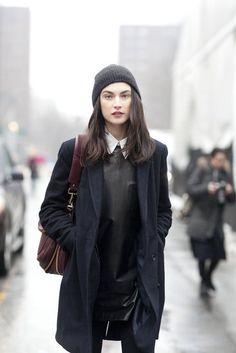 "vogue-le-mode: "" New York Fashion Week Fall Jacquelyn Jablonski "" New York Fashion Week Street Style, Autumn Street Style, Street Style Looks, Looks Style, Street Chic, Street Wear, Look Fashion, Fashion Models, Womens Fashion"