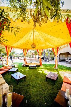 Love this outdoor raj style tent. Perfect for an outdoor pre-wedding party such as a sangeet or mehndi party. Wedding Wows, Pre Wedding Party, Reception Party, Wedding Ideas, Outdoor Wedding Decorations, Flower Decorations, Outdoor Indian Wedding, Indian Weddings, Mehndi Decor
