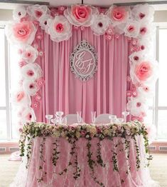 Wedding backdrop head table pom poms Ideas for 2019 Party Kulissen, Shower Party, Party Time, Baby Shower, Ideas Party, Birthday Decorations, Wedding Decorations, Table Decorations, Decor Wedding