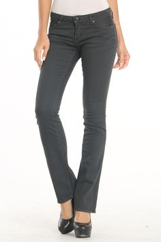 Lois Jeans Madona Denim Jean Personal Image, Personal Style, Lois Jeans, Denim Jeans, Black Jeans, Style Ideas, Fashion Forward, Amy, Clothes For Women