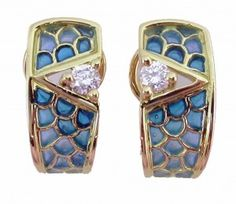 EARRINGS : yellow gold, 2 diamonds 0,35 ct. and enamels. size: 20 x 9  mm. 05MA0011