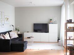 Maalilla uutta ilmettä olkkariin - But I'm a human not a sandwich Scandinavian Living, Small Apartments, Dream Bedroom, Indoor Outdoor, Interior, Furniture, Home, Lounge Ideas, Design