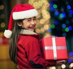Kulfi, Child Actresses, Kid Character, Tv Actors, Bollywood, Winter Hats, Characters, Celebs, Stars