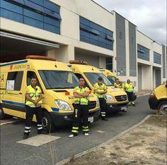 BUENOS DIAS MUNDOOO desde ÁLAVA !!  Con esta imagen que nos envía el compañero @oternein de su equipo en el dispositivo de las fiestas de la Virgen Blanca desde la DYA de Álava, comenzamos una nueva jornada.  Buenos días Álava, buenos días mundo…!!!! http://www.ambulanciasyemergencias.co.vu/2015/10/DYA.html #DYA #Alava #voluntarios #svb #sva #ambulancias #emergencia