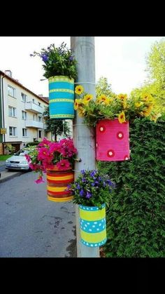 Cool idea for bird feeder post in my backyard.  Just tone down the colors a bit.