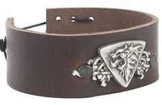 Make A Leather Bracelet Out Of Your Old Belt